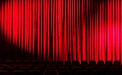 Dünya Tiyatro Günü Sözleri ve Mesajları